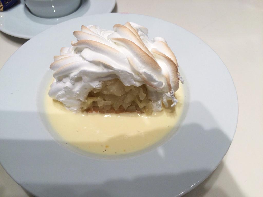 Apple meringue with custard (lactose free)